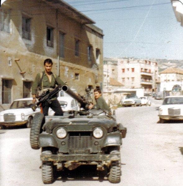 scènes de combat (armée libanaise, palestinien, chrétien...) K1981