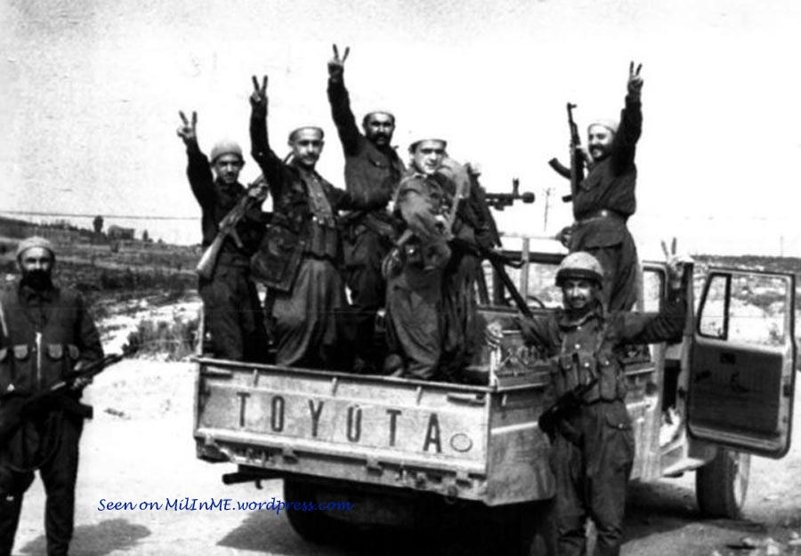 scènes de combat (armée libanaise, palestinien, chrétien...) Psplc-105