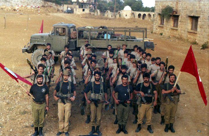 scènes de combat (armée libanaise, palestinien, chrétien...) Pspzi-101