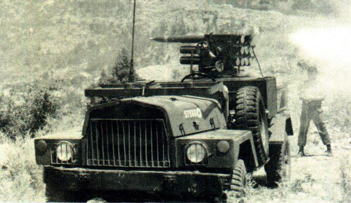 scènes de combat (armée libanaise, palestinien, chrétien...) V64163