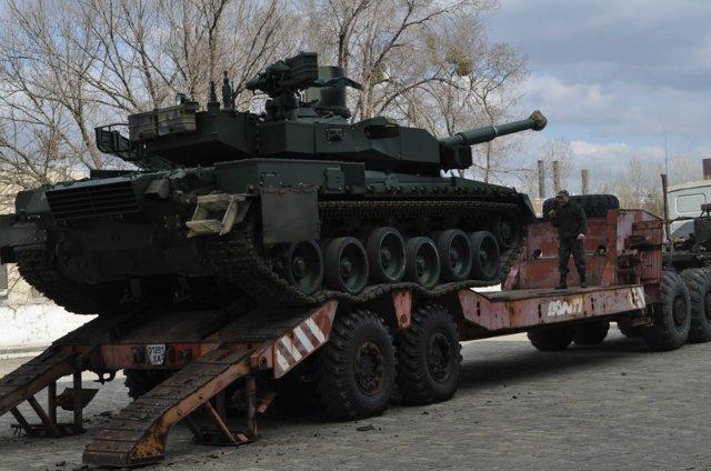 اوكرانيا تورد دفعه من دبابات T-84 Oplot-M الى تايلاند  546358_original