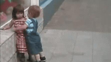 Ce qui vous a marqué durant votre enfance en 5 photos ! - Page 3 Original