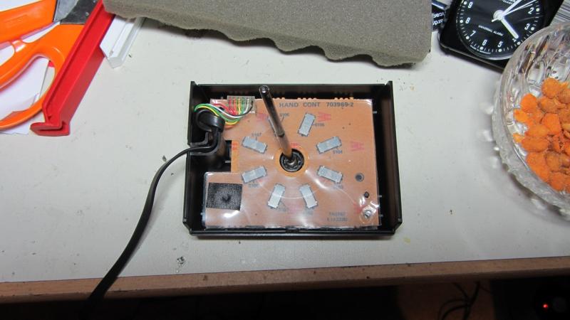 Comment remonter le joystick Videopac ? IMG_3621k