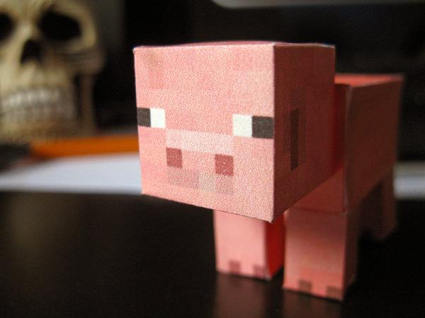 [Créations diverses] La galerie de Cyclone - Page 4 Minecraft_pig_by_leikandi-d37czpi