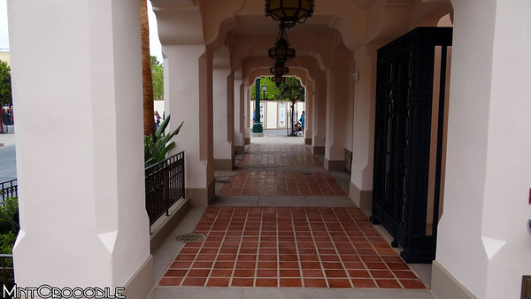 [Disney California Adventure] Placemaking: Pixar Pier, Buena Vista Street, Hollywood Land, Condor Flats - Page 16 I-kHmbSqG-M