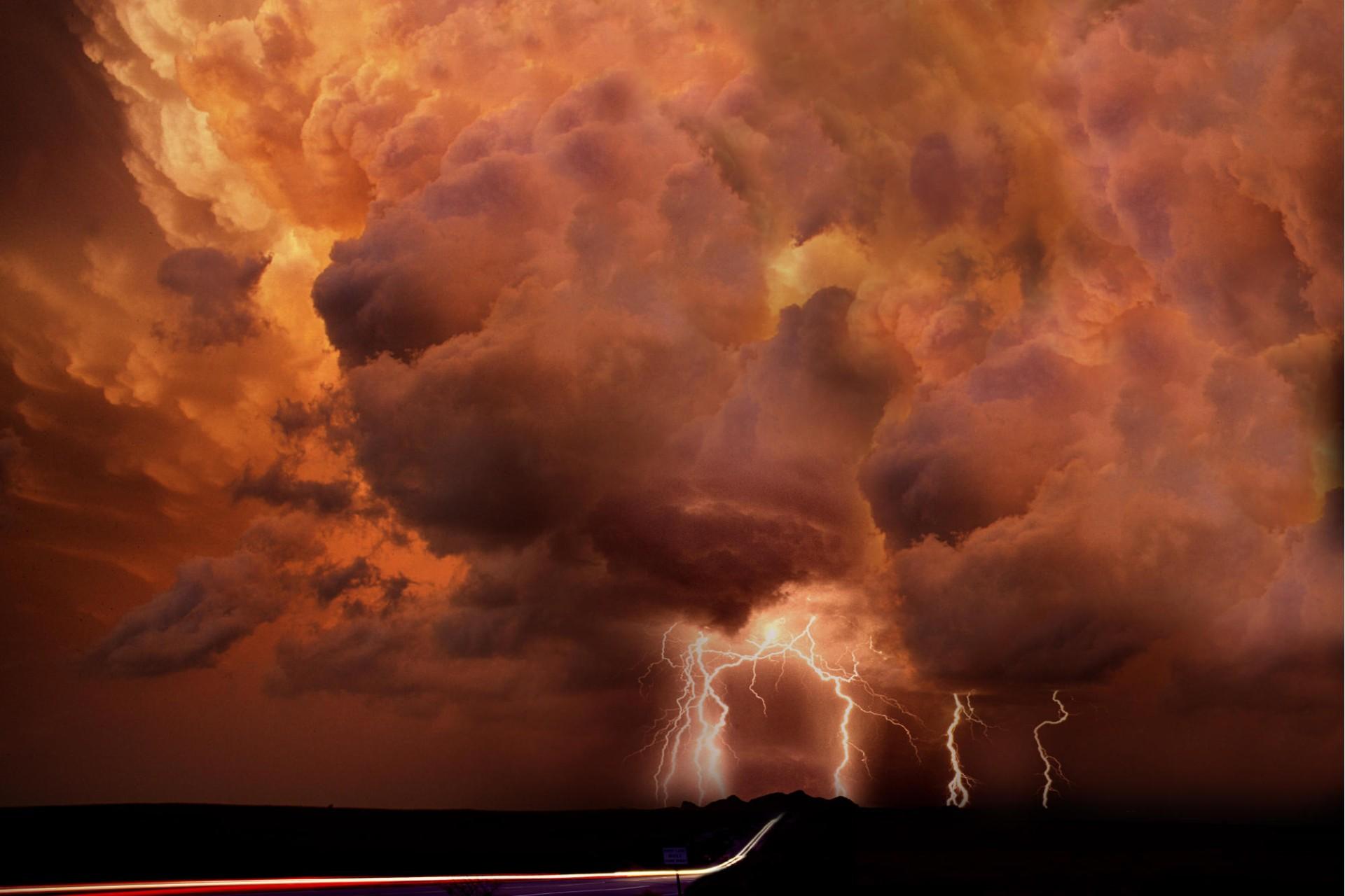 Munje i gromovi Orange-thunder