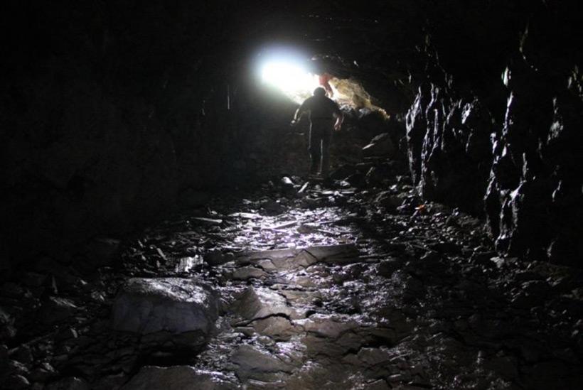 Эдвард Сноуден раскрыл данные о высокоразвитой подземной цивилизации 35350866