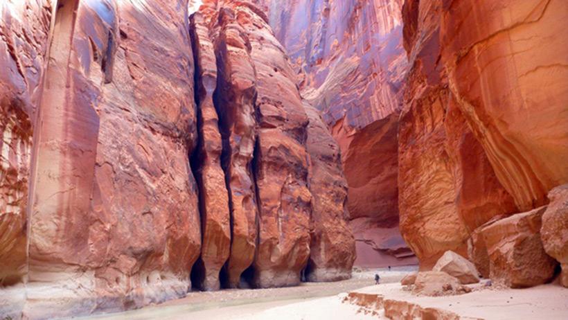 Следы древних цивилизаций: шлифованные горы с признаками машинной обработки Kamen_3546637_original