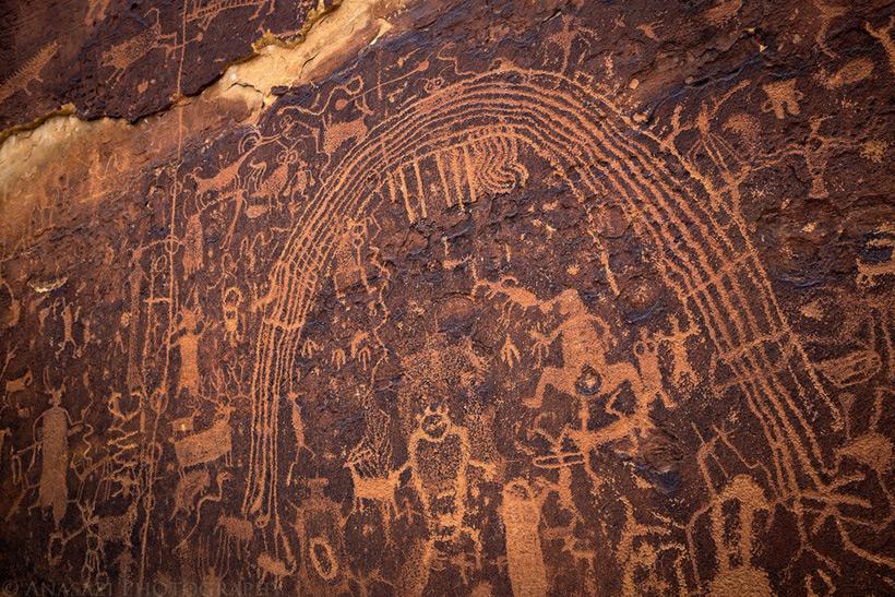 Следы древних цивилизаций: шлифованные горы с признаками машинной обработки Kamen_3566835_original