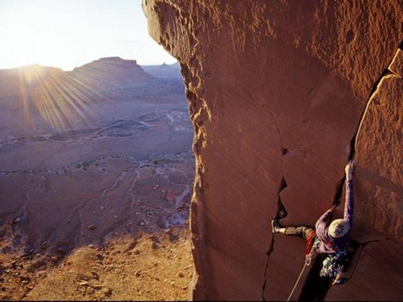 Следы древних цивилизаций: шлифованные горы с признаками машинной обработки Kamen_3807518_900