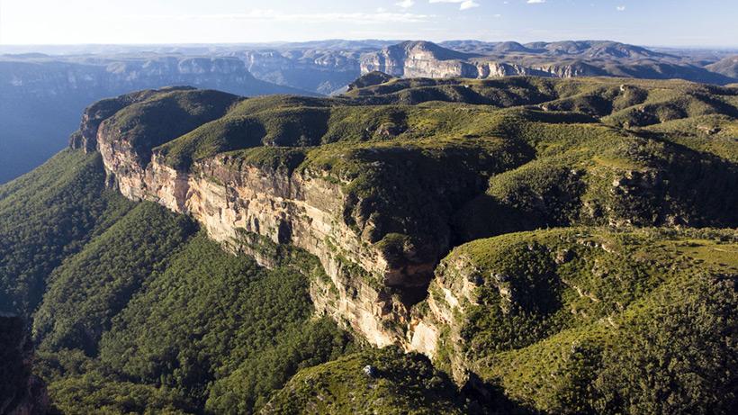 Следы древних цивилизаций: шлифованные горы с признаками машинной обработки Kamen_3873150_original