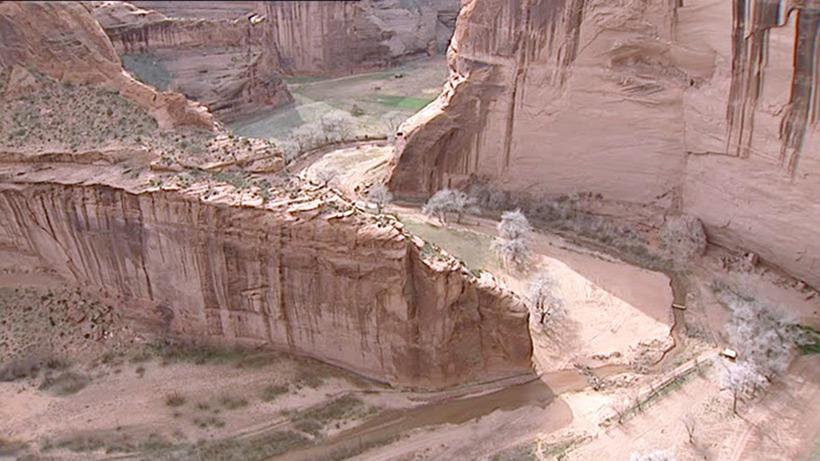Следы древних цивилизаций: шлифованные горы с признаками машинной обработки Kamen_3880739_original