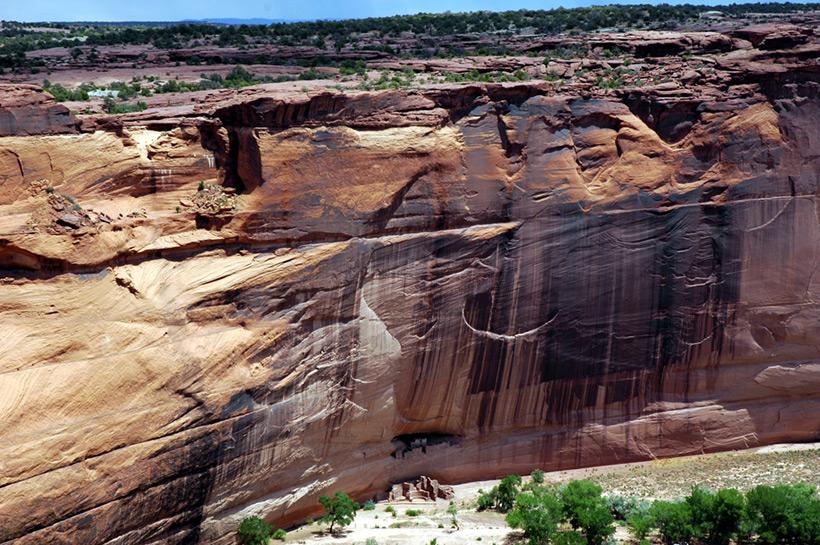Следы древних цивилизаций: шлифованные горы с признаками машинной обработки Kamen_3883105_original