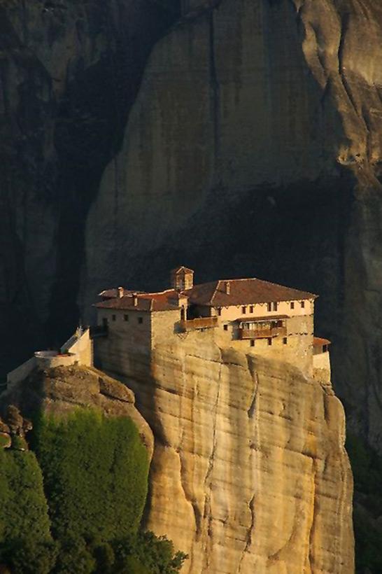 Следы древних цивилизаций: шлифованные горы с признаками машинной обработки Kamen_4047887_original