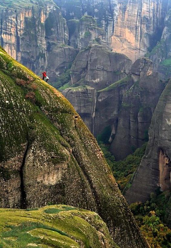 Следы древних цивилизаций: шлифованные горы с признаками машинной обработки Kamen_4048207_original
