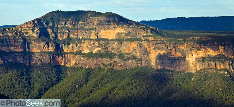Следы древних цивилизаций: шлифованные горы с признаками машинной обработки Kamen_67068_800