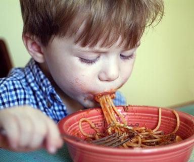 صور لتزين المواضيع و الردود ( همسة امل) Kid_spaghetti