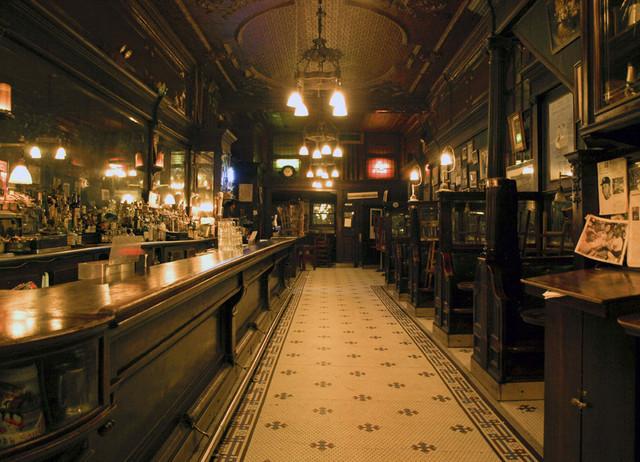 Mundo de Tinieblas: Lugares y Personajes. Old-town-bar-1892-near-park-avenue