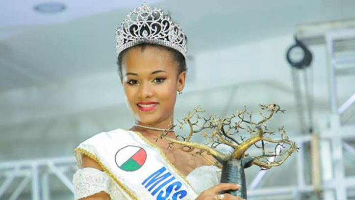 anne valerie binguira vence miss madagascar 2019. ira para miss world 2019. 47575319_1986918218028815_3644677361548394496_n-696x392