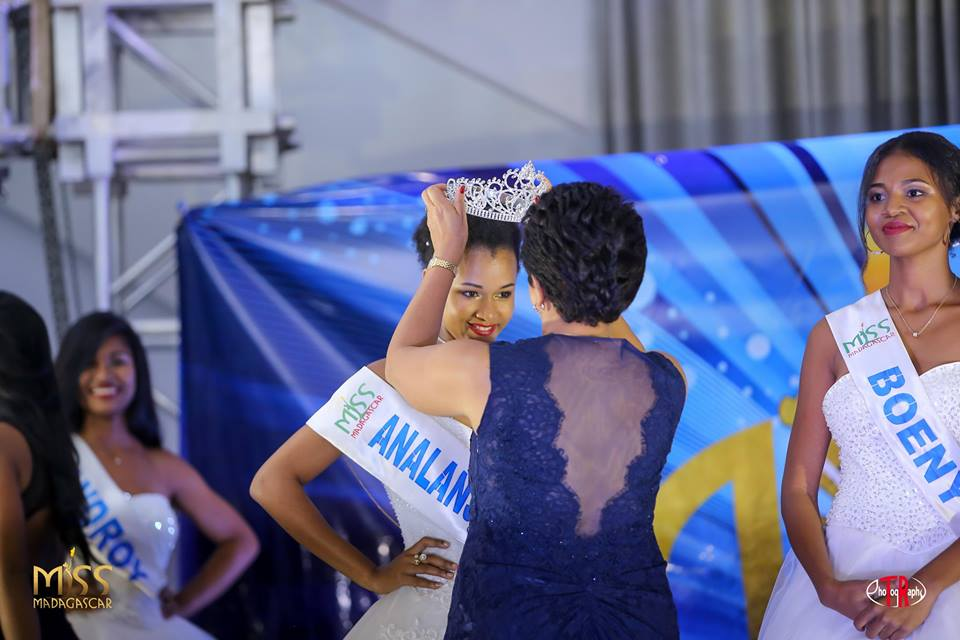 anne valerie binguira vence miss madagascar 2019. ira para miss world 2019. 47683947_1986918388028798_7654601666821357568_n
