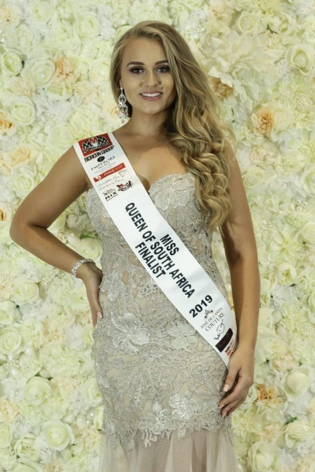 candidatas a miss queen of south africa 2019. (envia candidata a miss international). final: 16 june.   - Página 2 Miss-International-South-Africa-17