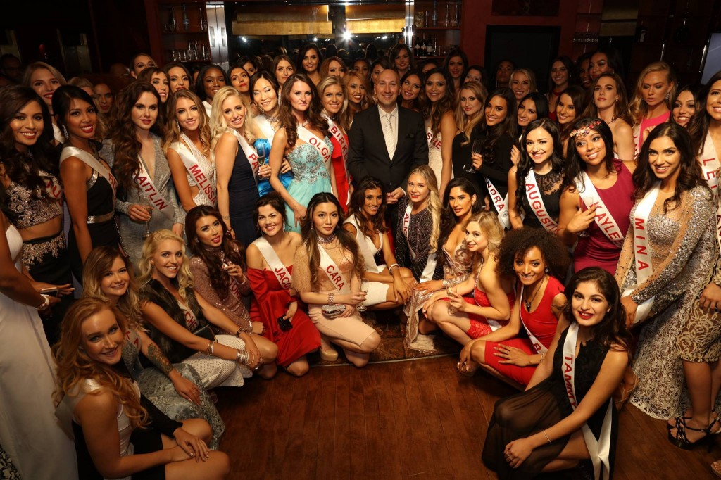 candidatas a miss universe canada 2017. final: 7 oct. 22180126_10159617474320107_1348993778453233443_o-1024x682