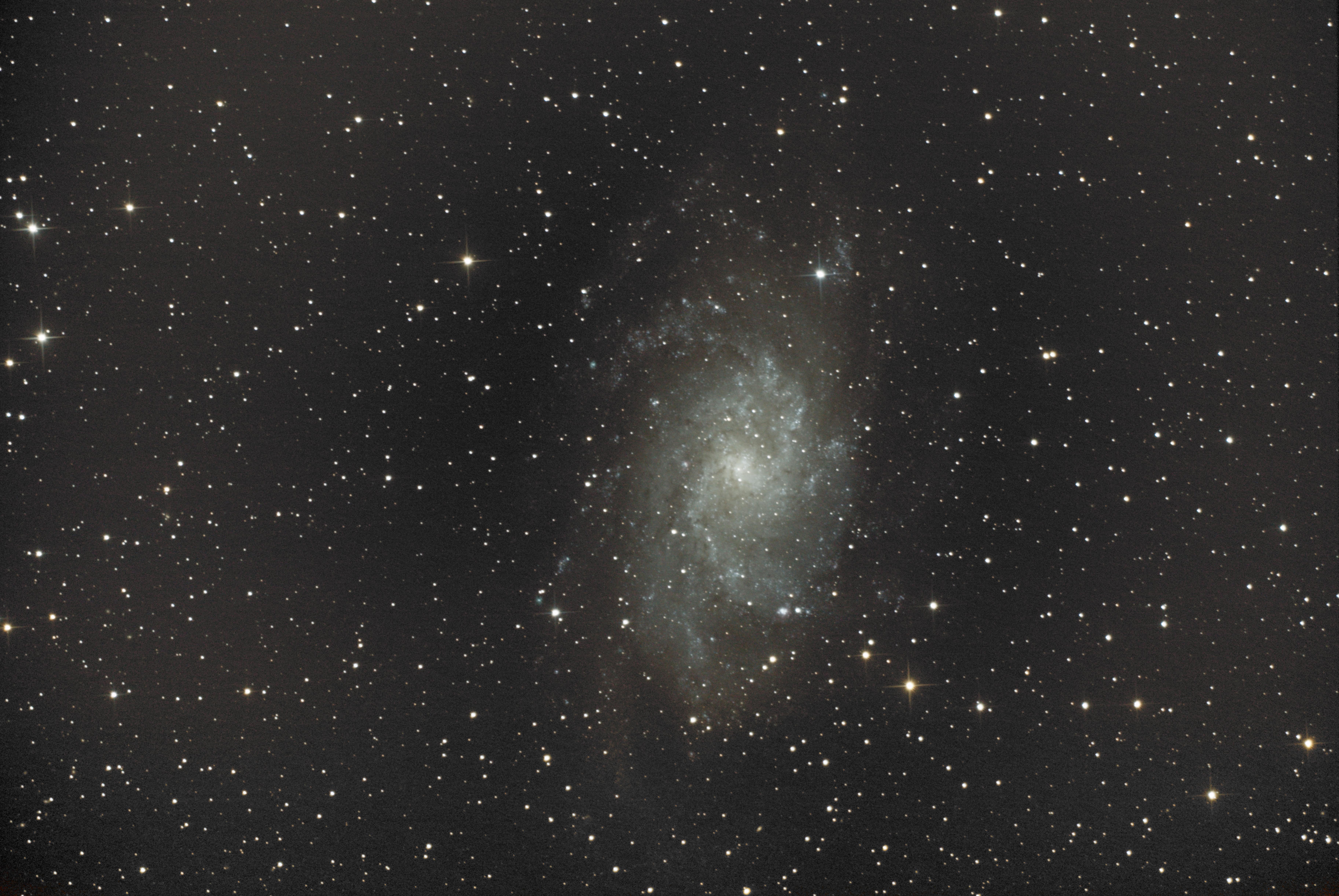 M33 la galaxie du Triangle R01.040.M33.sir