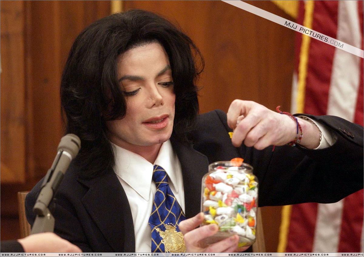 Michael Jackson e le accuse di pedofilia. - Pagina 5 021