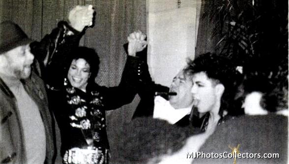 Raridades: Somente fotos RARAS de Michael Jackson. Gallery_7_873_41117