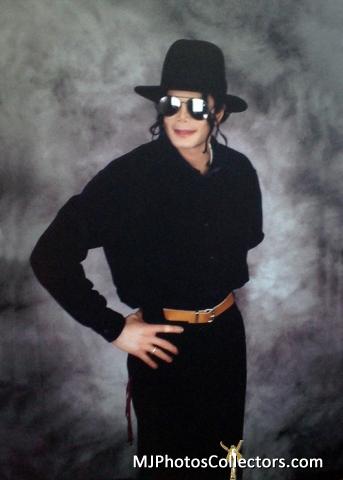 Raridades: Somente fotos RARAS de Michael Jackson. - Página 2 Med_gallery_8_1959_89964