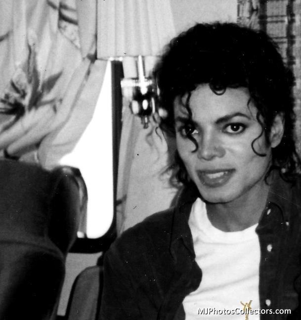 Raridades: Somente fotos RARAS de Michael Jackson. - Página 6 Gallery_7_42_23933