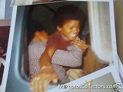 Raridades: Somente fotos RARAS de Michael Jackson. - Página 6 Gallery_8_12_11785