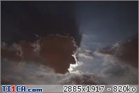 2013: le 26/04Lumière étrange dans le ciel  - Dunkerque (France)  7as8x4jt