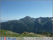 ????: le 16/06 - image fixe - sphéroïde apparemment en vol - Les Plagnes (Savoie)  L8gskb0v