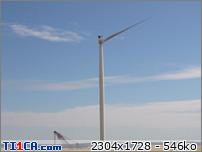 """2014: le 01/07 à 9 H 13 - Ovni en forme de disque - D 137 constructions éoliennes proximité """" belle fayte """" près molinons 89 -Yonne (dép.89) U837ajvz"""