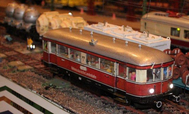 Schienenbus der HZ HZL11