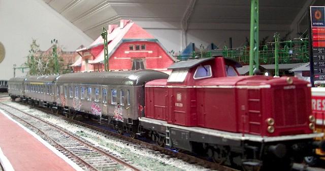 Die Baureihe V100 der DB - 211-213 Sl106