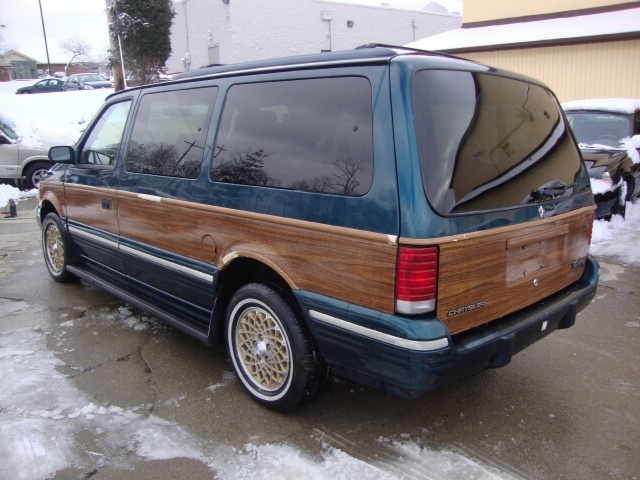 2020 - [Volkswagen] Transporter T6 restylé Chrysler-town-and-country-1994-2