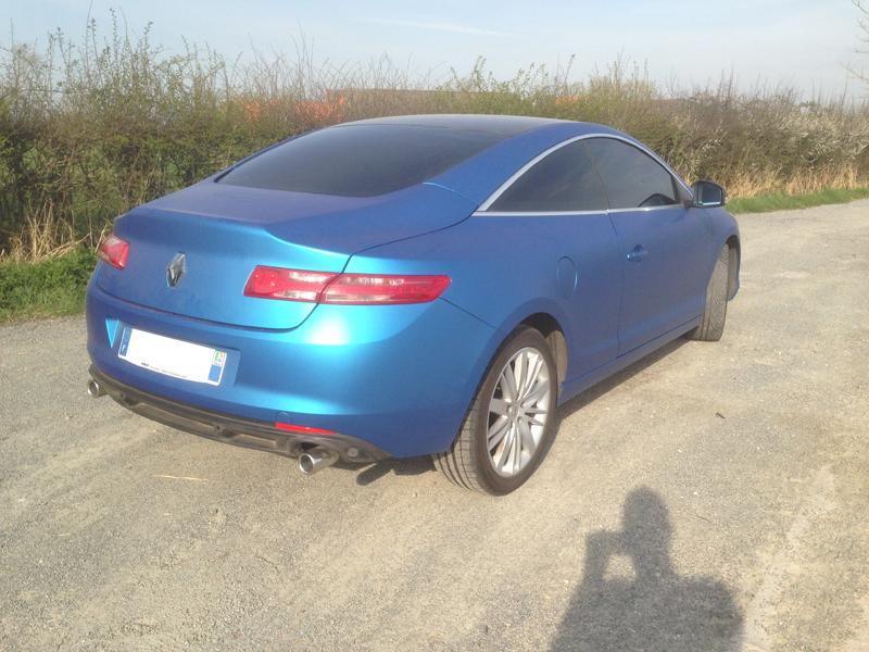 [Momofisher] Laguna III coupé GT 2.0 dCi 180 Bleu mat - Page 2 IMG_1713