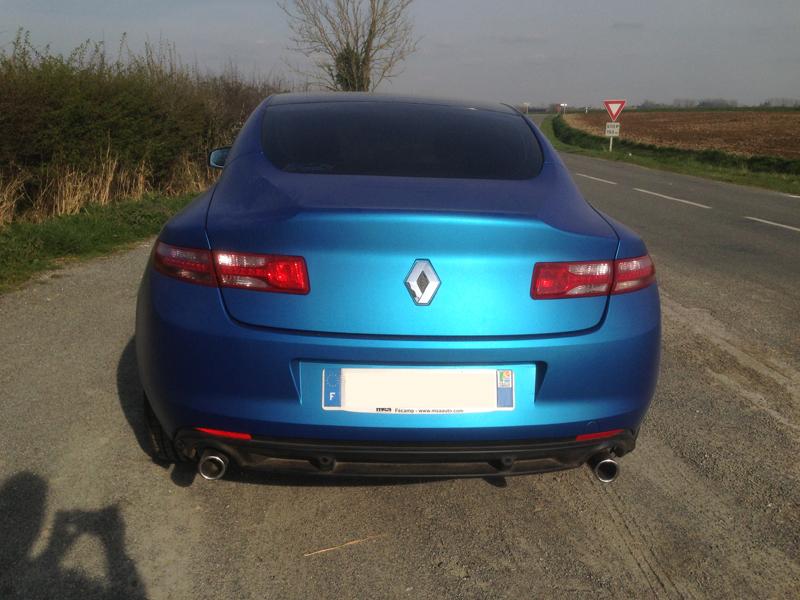 [Momofisher] Laguna III coupé GT 2.0 dCi 180 Bleu mat - Page 2 IMG_1716