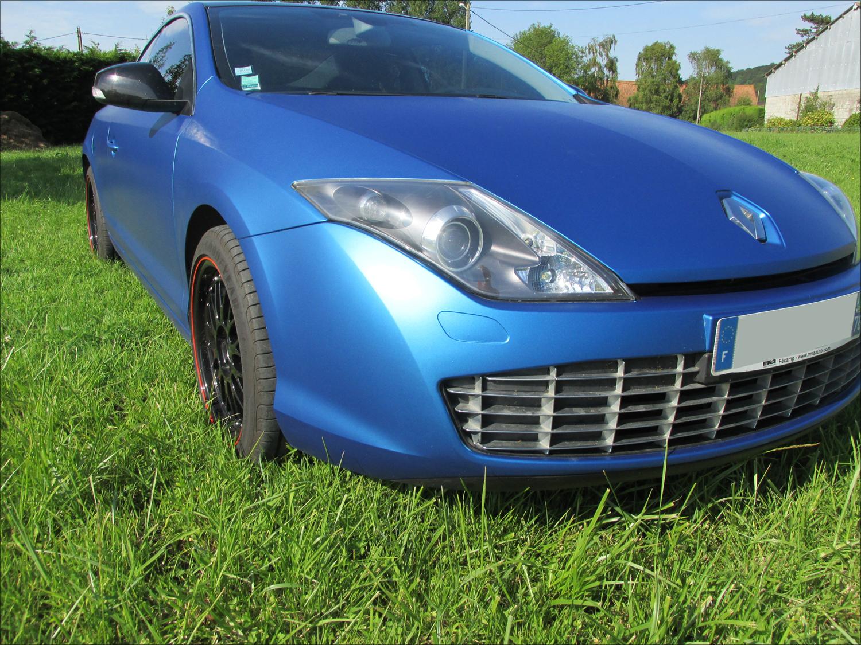 [Momofisher] Laguna III coupé GT 2.0 dCi 180 Bleu mat - Page 3 IMG_0720