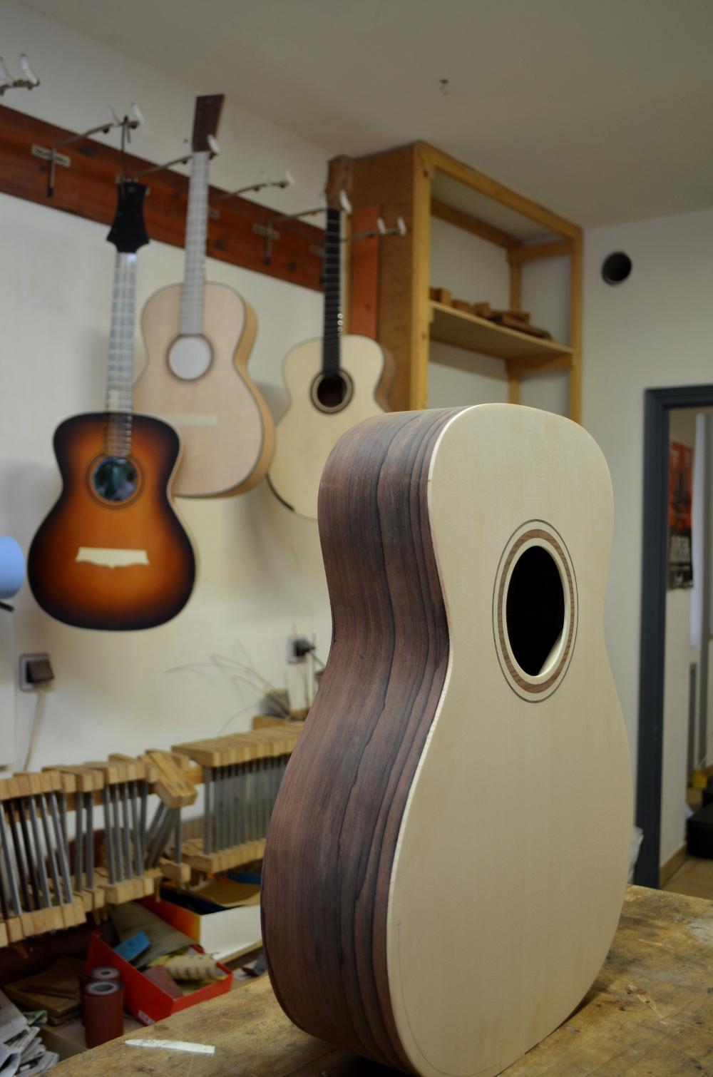 Ma nouvelle guitare : une Féjoz !!!!! T4