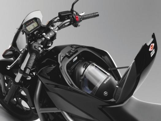 Qooder 400 MNC7S20128BL-525x394