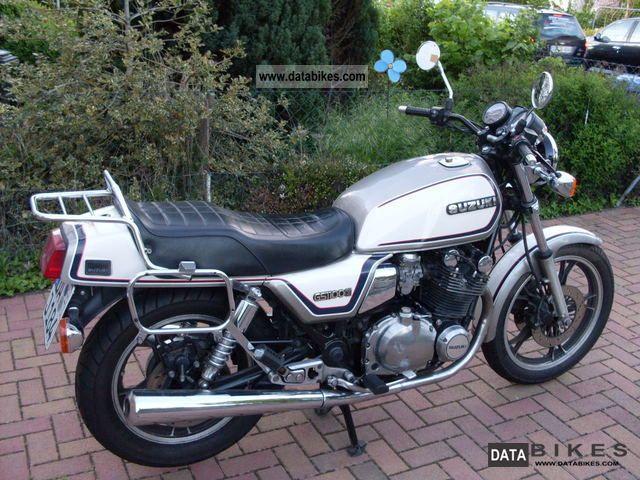 Les plus rapides c'est les rouges  Suzuki-gs-1100-g-1986-1