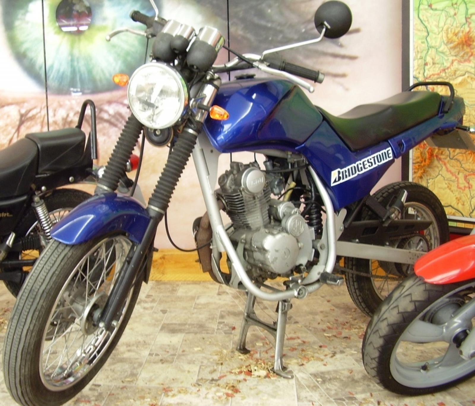 Historique : MZ-B Horex-125-imperator-10