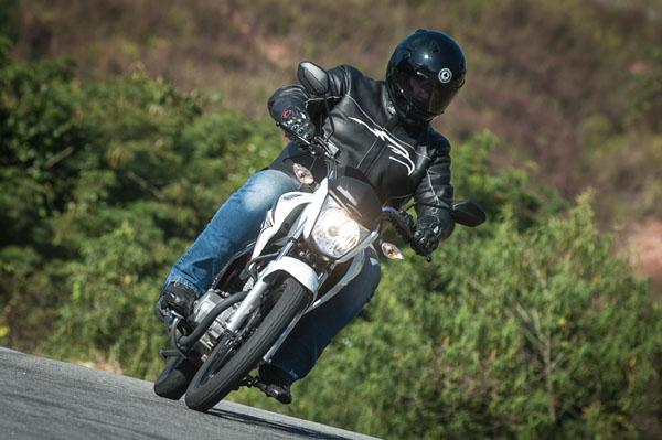 Fazer 150 - Yamaha Honda-CG-Titan-150-movimento