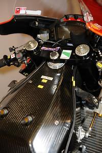 Moto GP- Saison 2011 - - Page 37 512346063_uwXm6-S