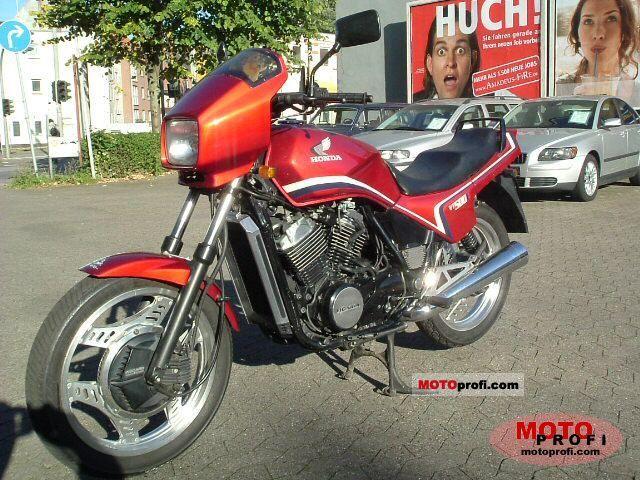 Honda VT 500 E, qu'en pensez vous ??? Honda_vt_500_e_1985_2