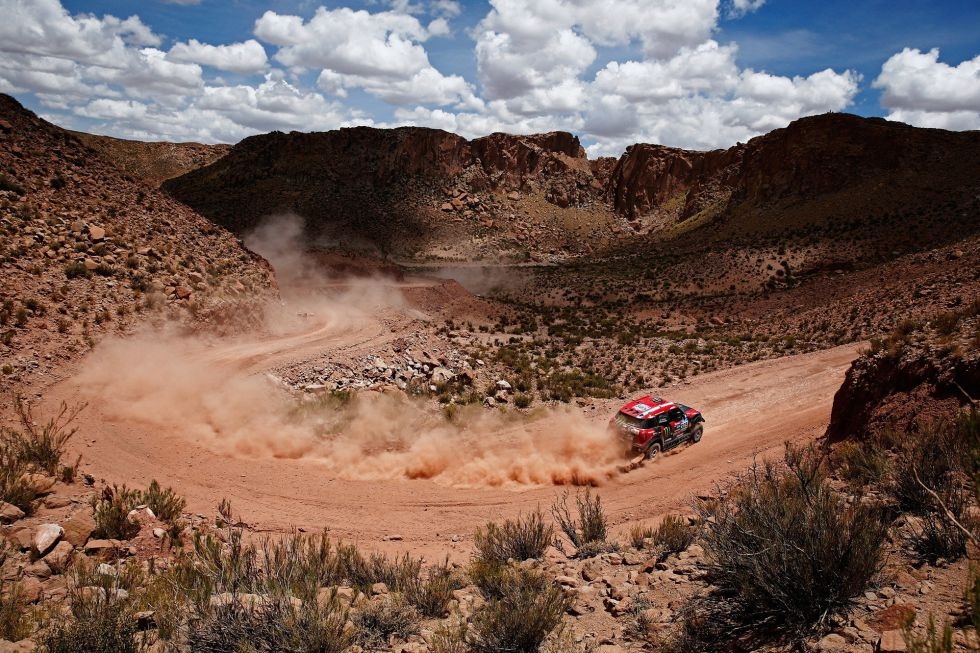 Rally Dakar 2015 (coches) - Página 3 1421431661_572893_1421431826_noticia_grande