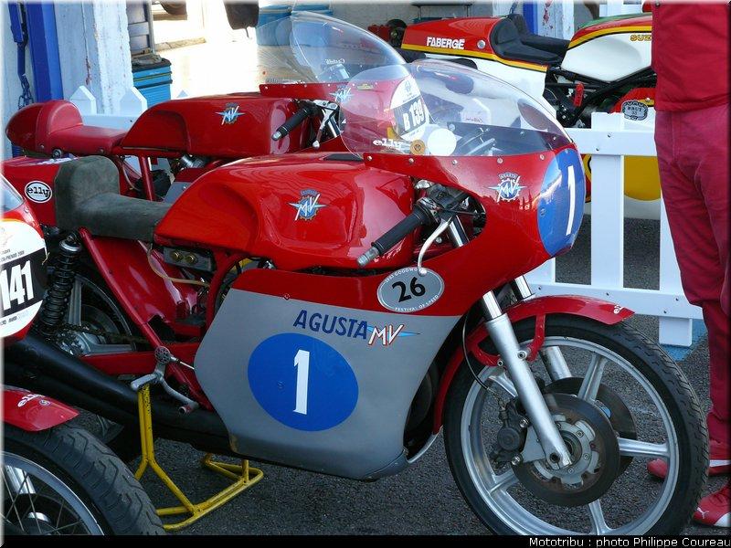 MECANIQUES CLASSIQUES : courses d'anciennes, musées... etc Coupe_moto_legende2009_020